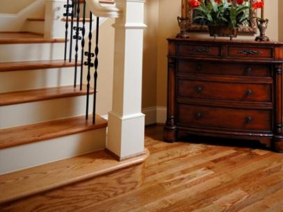 Pisos de madera calidad en escaleras decks y pergolas for Pisos para escaleras